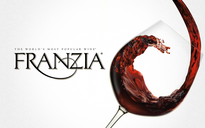 licores maduro rh licoresmaduro com frankie logo Franzia Box Wine Costume